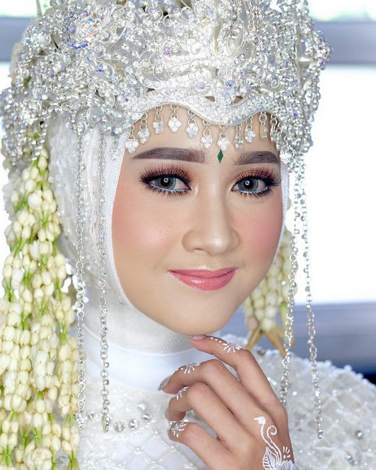 Rias Pengantin Tasikmalaya dan Mua Tasikmalaya - ginamaria_makeup